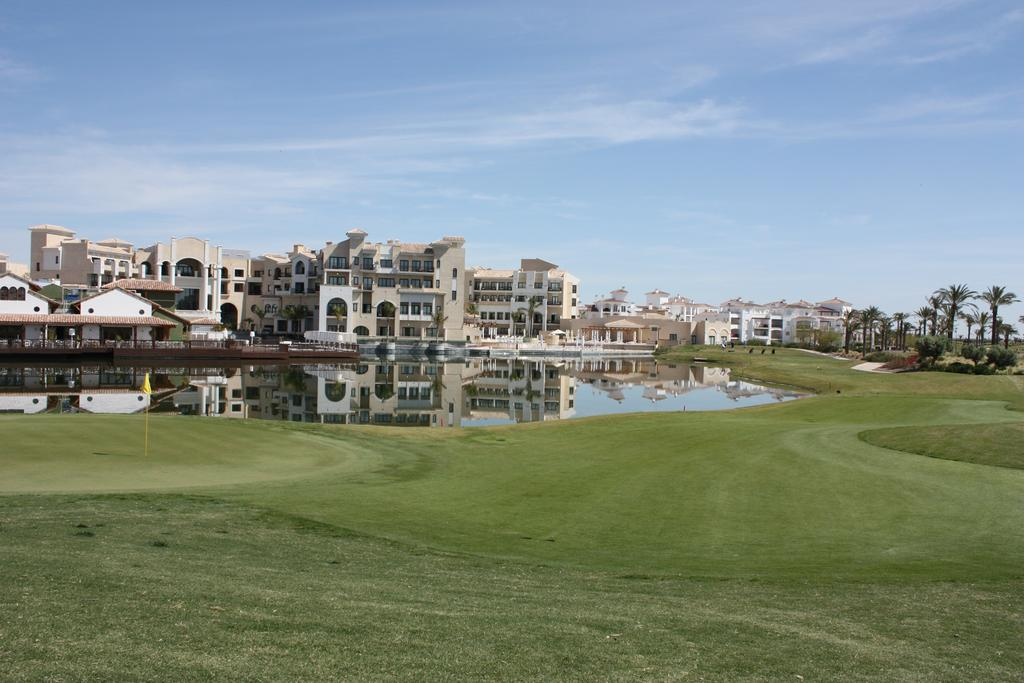 properties bordering the course