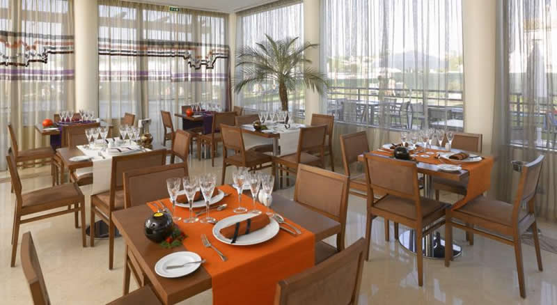 the restaurant at the praia sol