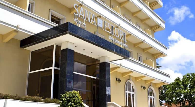the entrance to the Sana Estoril Hotel