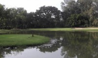one of the many lakes on the Bangpra course