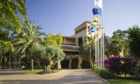 entrance to the hotrl guadalmina golf and spa
