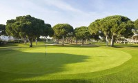 the 6th green of Oceanico Pinhal golf course