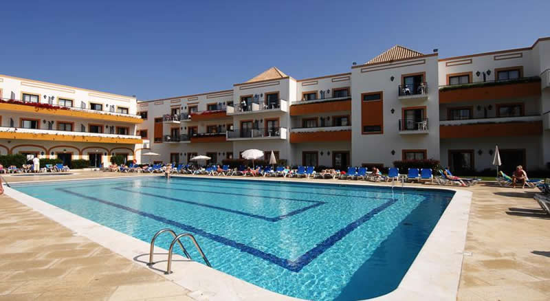 the huge outdoor swimming pool at the Vila Gale Tavira Hotel